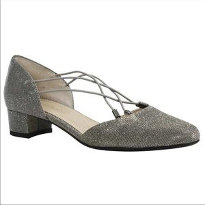 J. Renee Silver Sparkle Dress Comfort Pumps 8